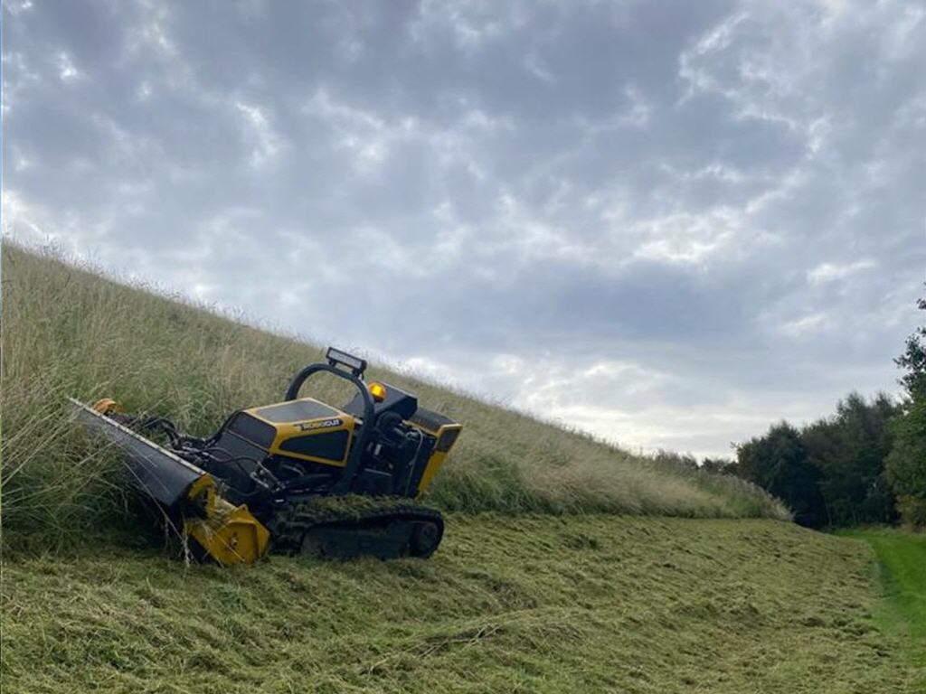 Long Grass Clearing Machine